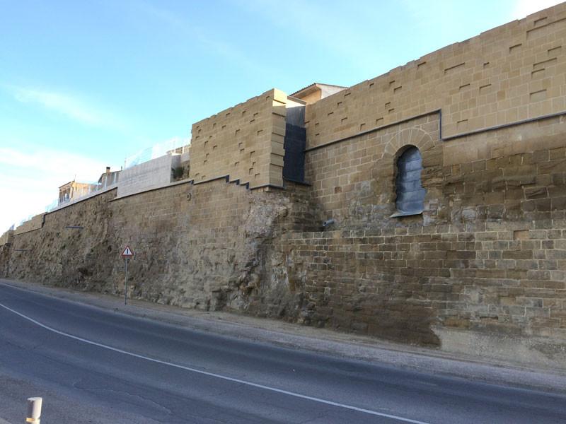 Muralla de Huesca parcialmente rehabilitada