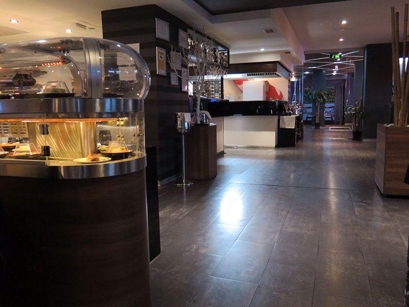 Ninja Sushi Running - Restaurante japonés en Las Rozas - Madrid - Elegantes instalaciones