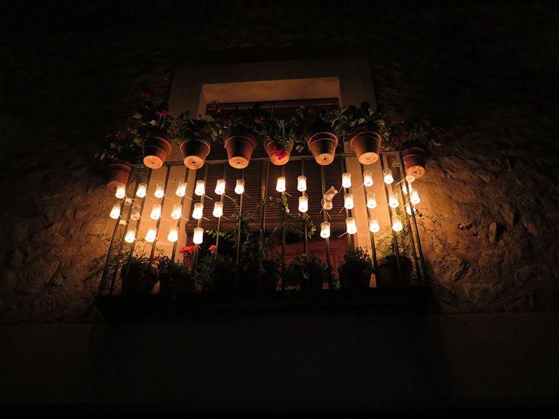 Noche de las Velas de Pedraza - Velitas encendidas