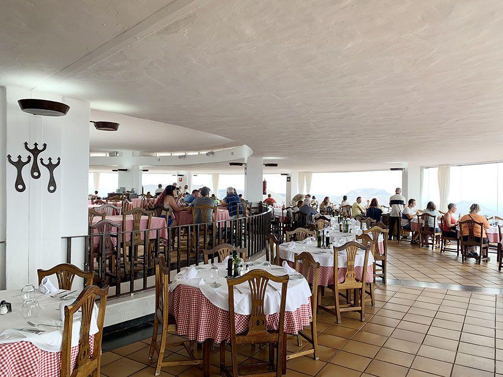 Parque Nacional de Timanfaya - Lanzarote - Restaurante El Diablo