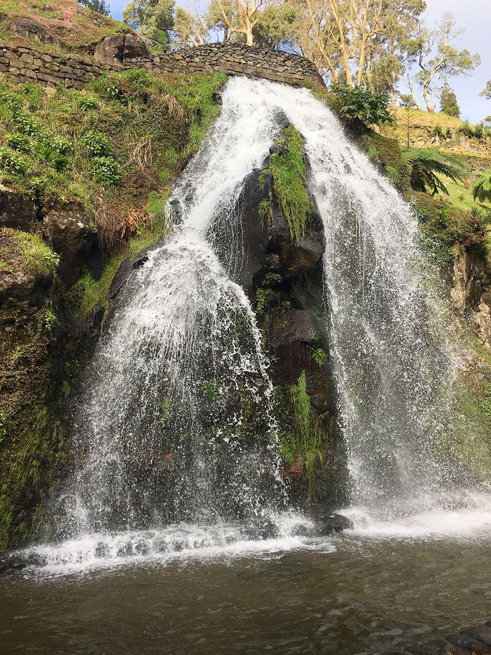Parque Nacional Ribeira dos Caldeirões - São Miguel - Azores - Cascada