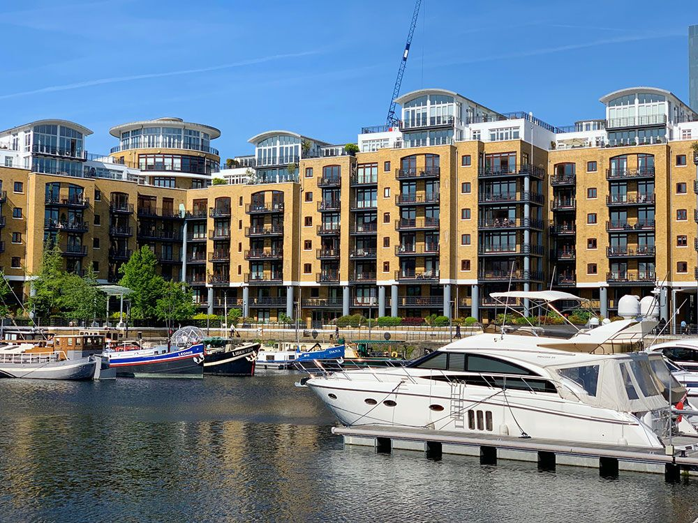 Planes diferentes en Londres - Yates en St. Katharine Docks