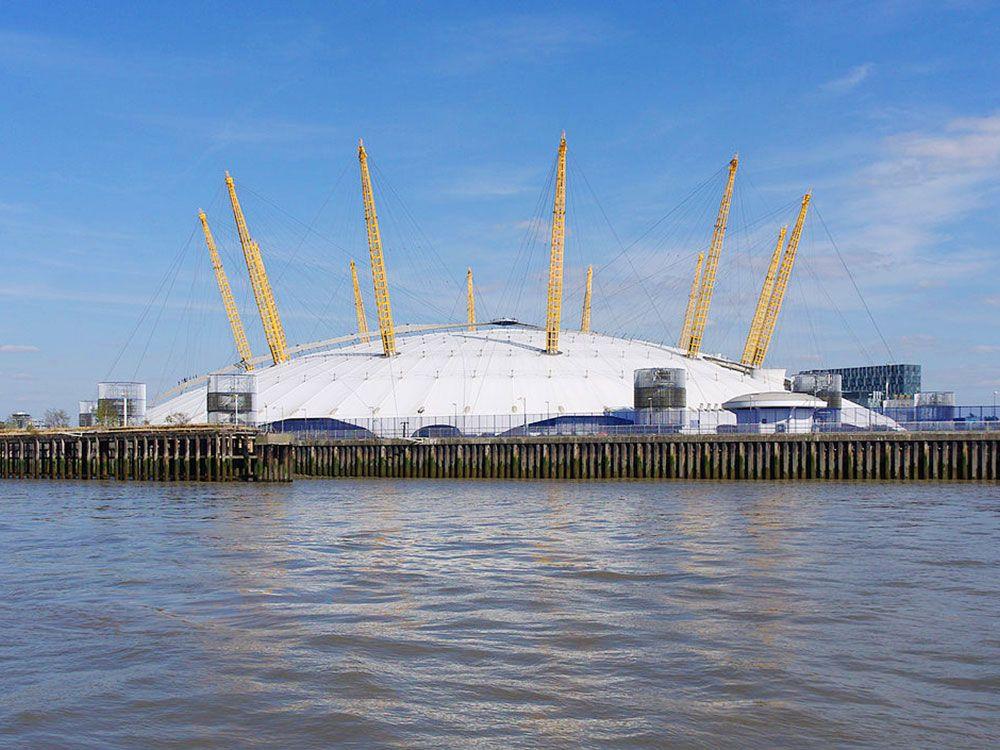 The O2 Arena desde el Támesis
