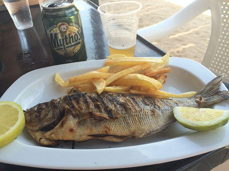Pescado fresco del día de la Taberna Balos
