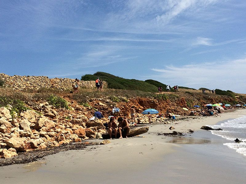 Playa de Binigaus - Menorca - Pequeño roquedal