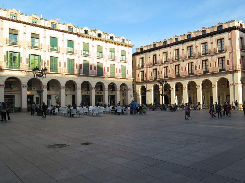 Plaza Luis López Allué