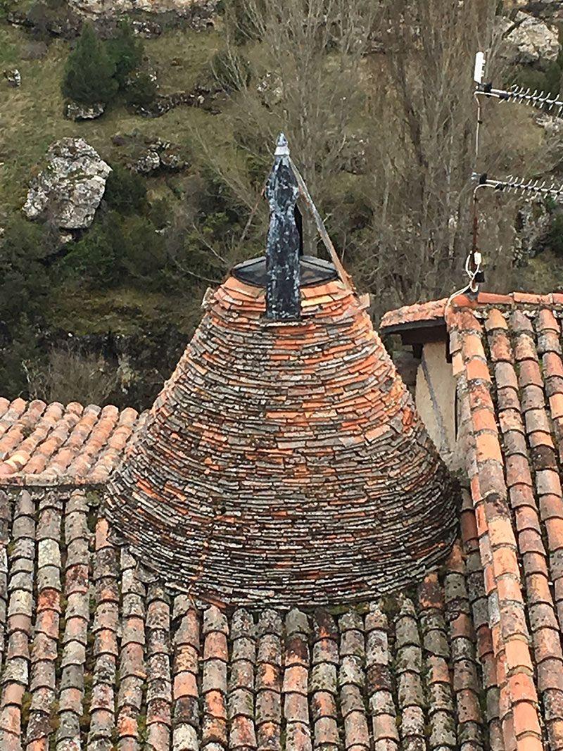 Qué ver en Calatañazor - Soria - Chimenea tradicional