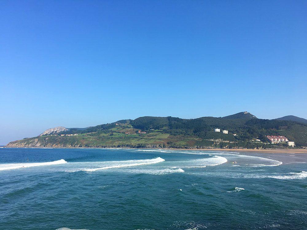 Los pueblos más bonitos de la Costa Vasca - Mundaka - Ola izquierda