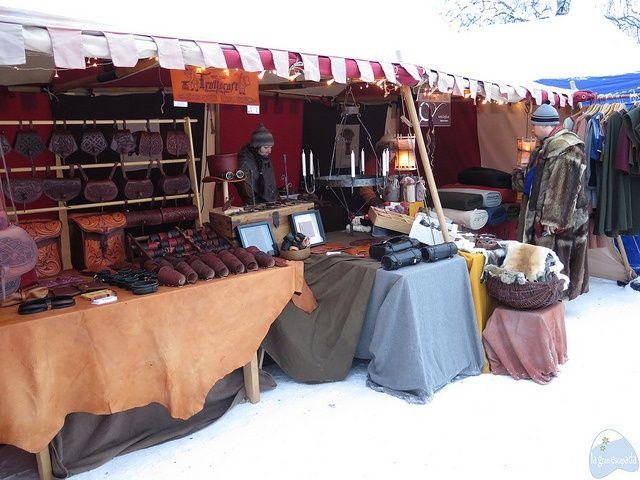 Otro puestecito de artesanía del mercado de invierno de Jokkmokk