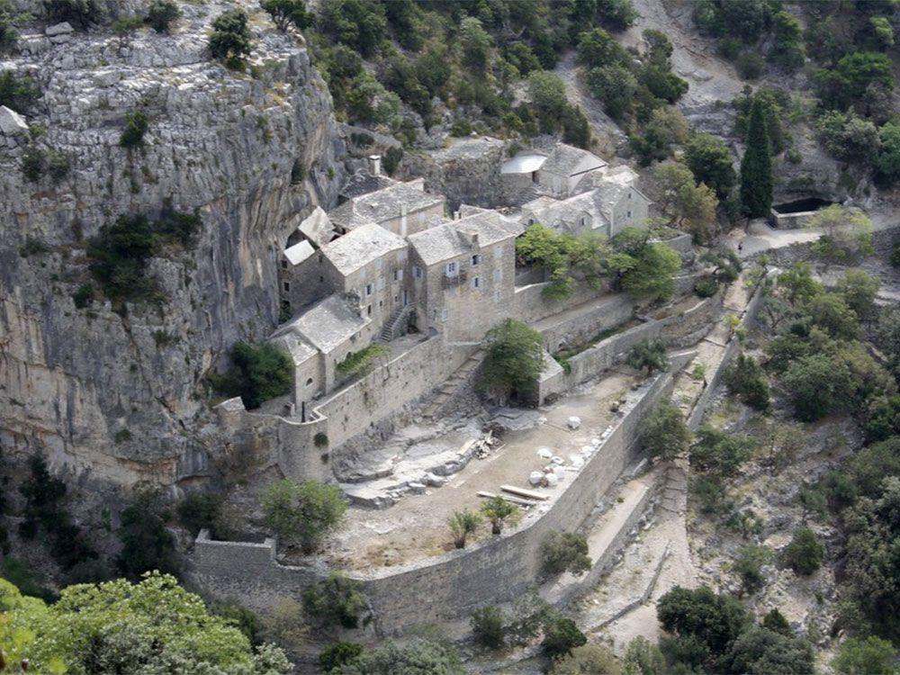 Qué ver en Brač - Croacia - Monasterio de Blaca
