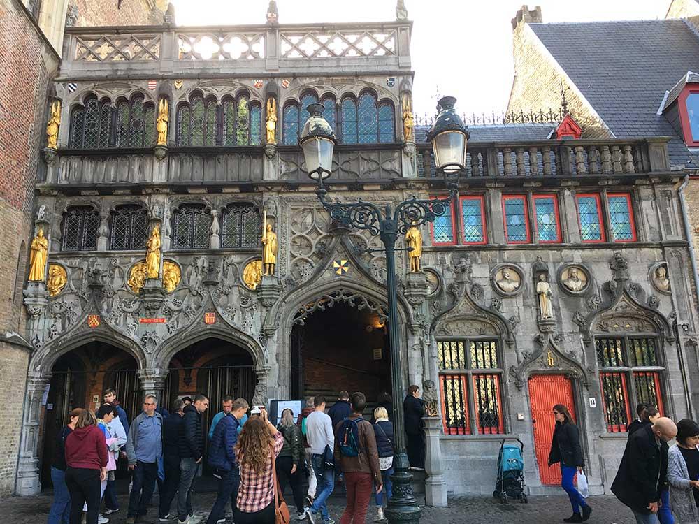 Qué ver en Brujas - Heilig-Bloedbasiliek -Basílica de la Santa Sangre
