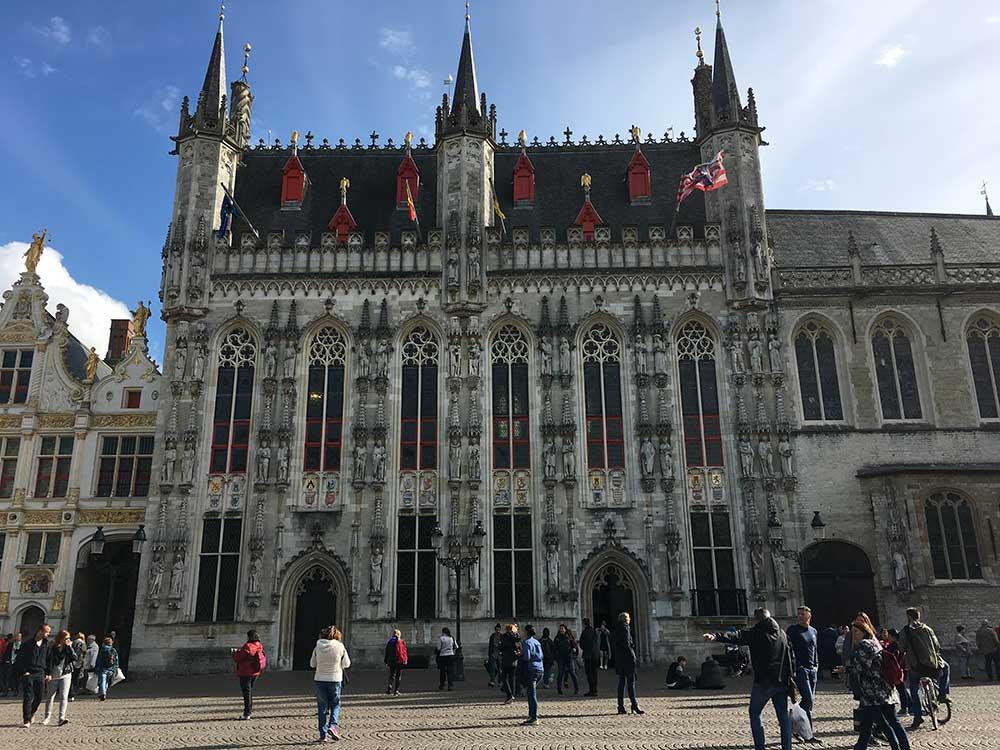 Qué ver en Brujas - Stadhuis