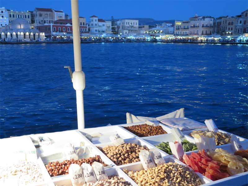 Puesto de dulces en el Puerto de Chania