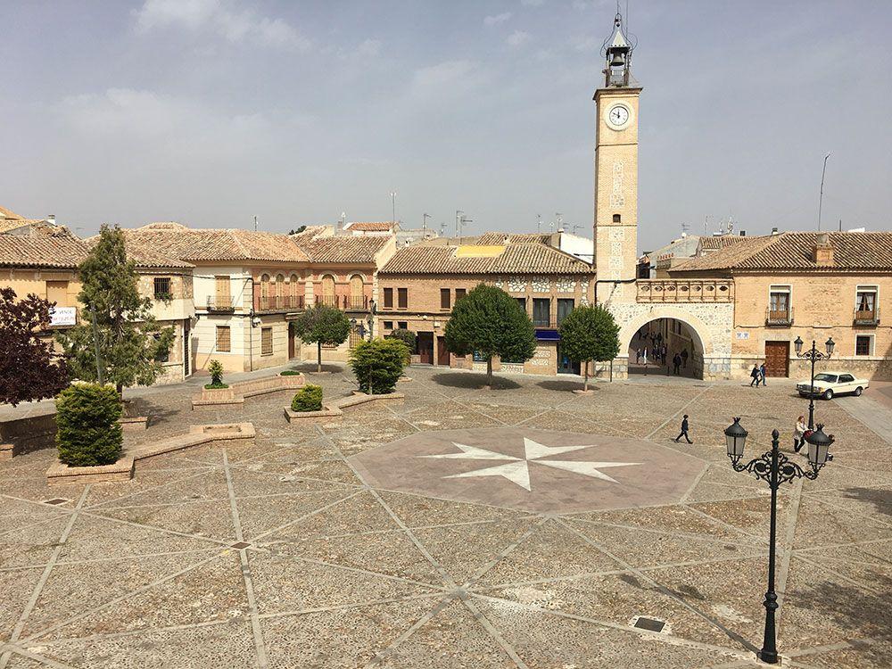 Qué ver en Consuegra - Plaza de España