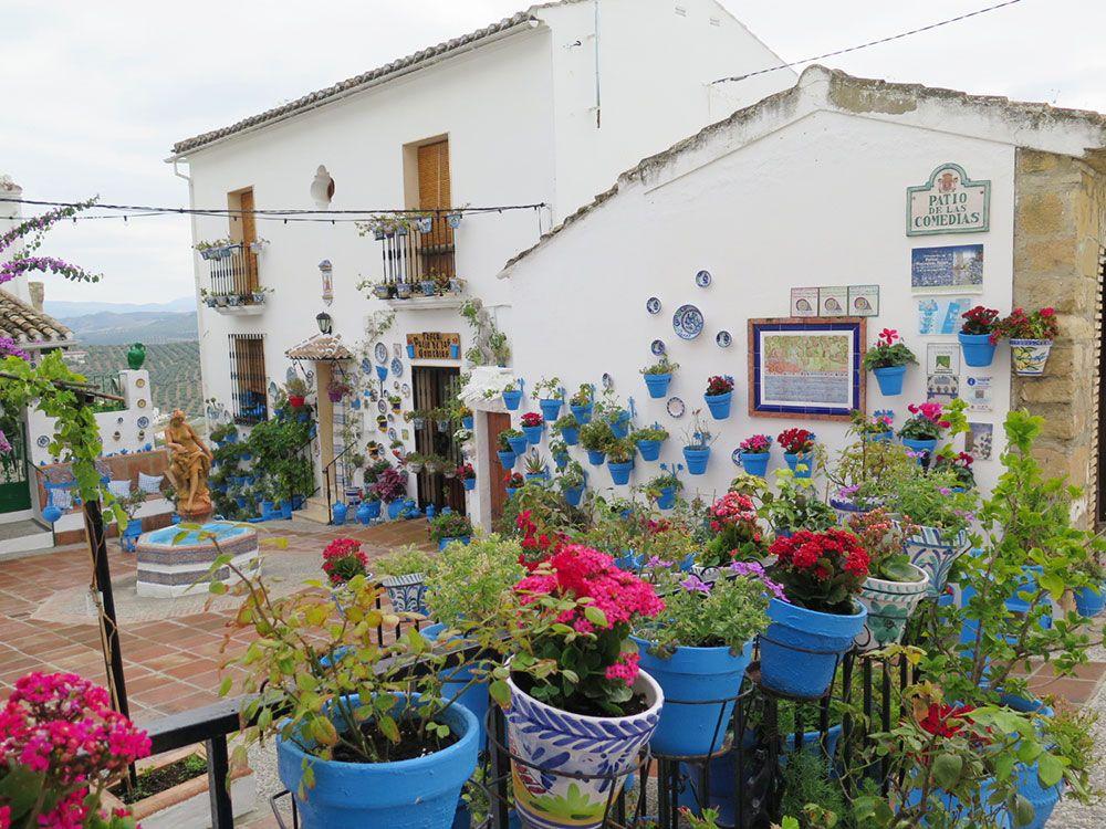 Qué ver en Iznájar - Patio de Comedias