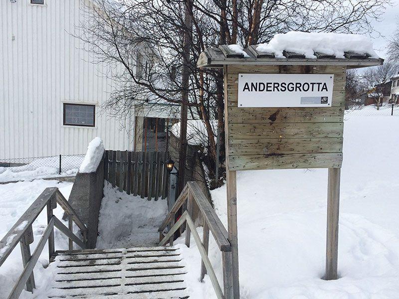 Qué ver en Kirkenes - Laponia Noruega - Acceso a Andersgrotta