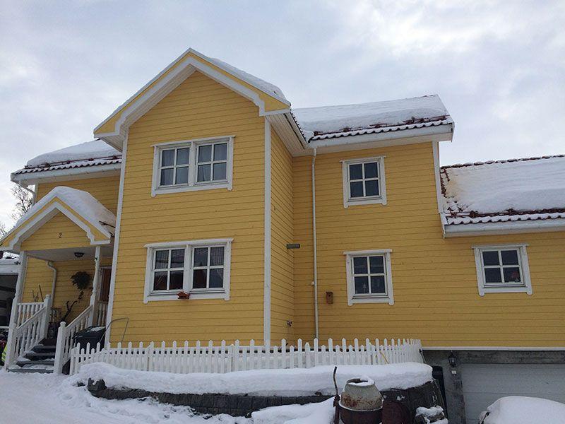 Qué ver en Kirkenes - Laponia Noruega - Casa amarilla de madera