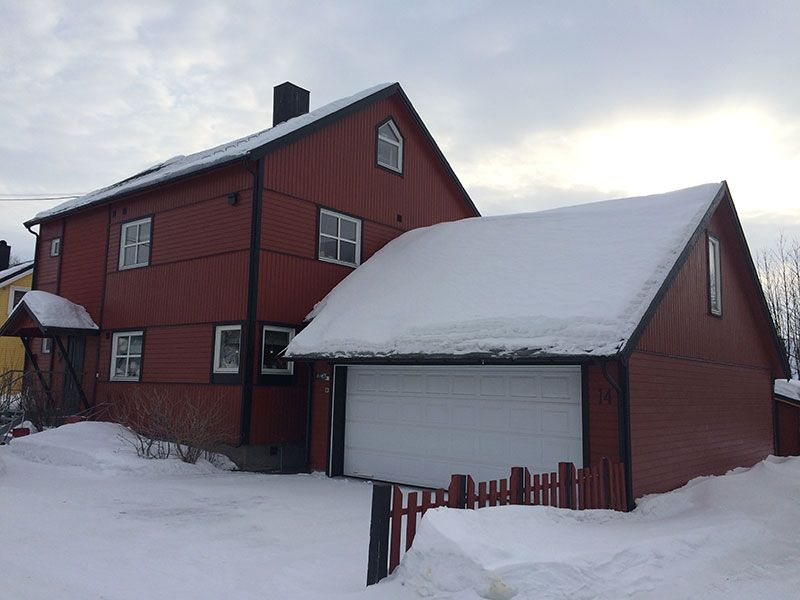 Qué ver en Kirkenes - Laponia Noruega - Casa roja de madera