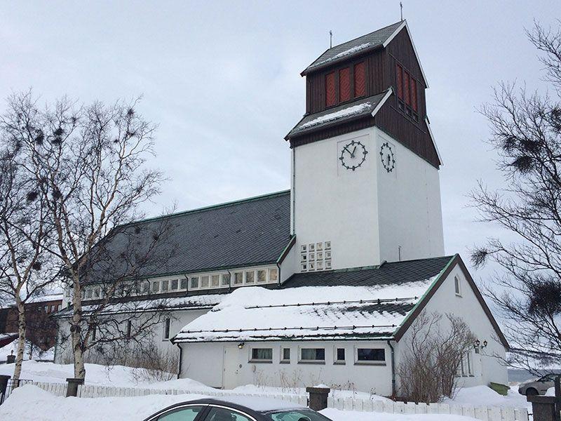 Qué ver en Kirkenes - Laponia Noruega - Iglesia