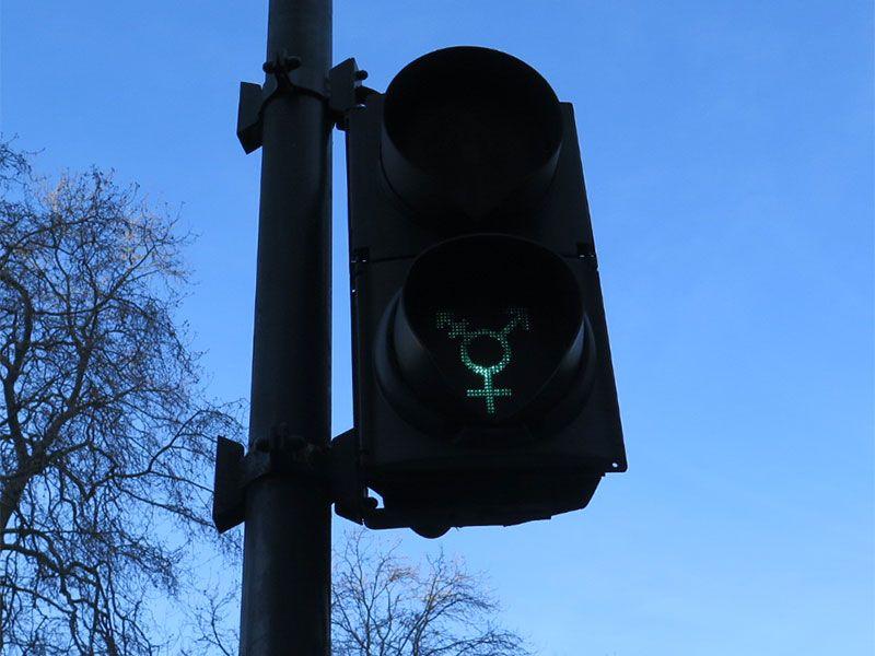 Qué ver en Londres en dos días - Iconos de la ciudad - Semáforo LGTB