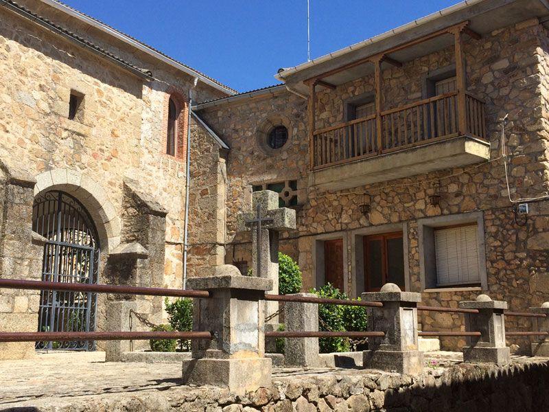 Qué ver en Losar de La Vera - Iglesia de Santiago Apóstol