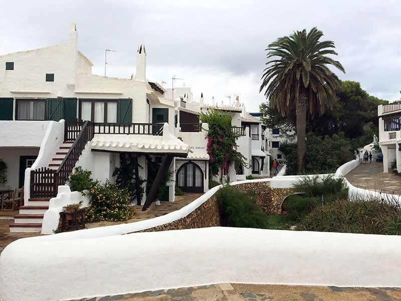 Qué ver en Menorca - Binibeca, pueblo de pescadores - Plaza
