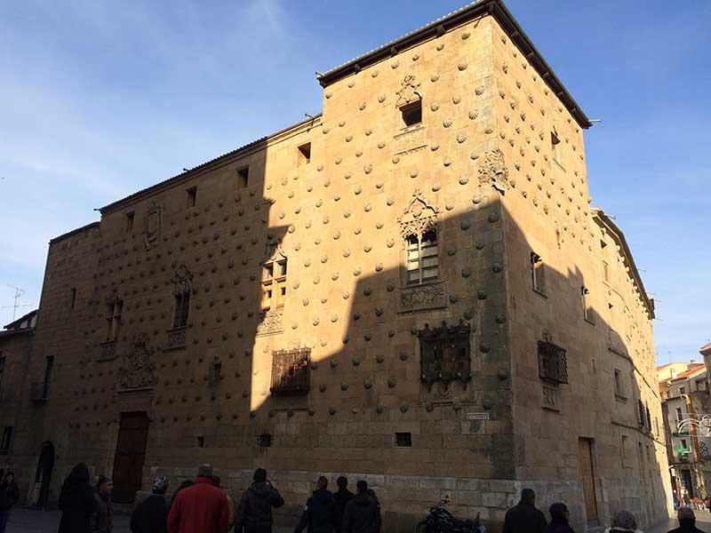 Qué ver en Salamanca en un día - Casa de Las Conchas