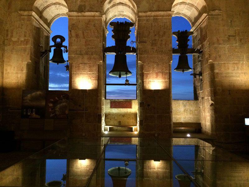 Qué ver en Salamanca en un día - Campanas de La Catedral