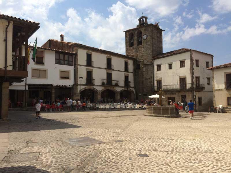 Qué ver en San Martín de Trevejo - Plaza Mayor
