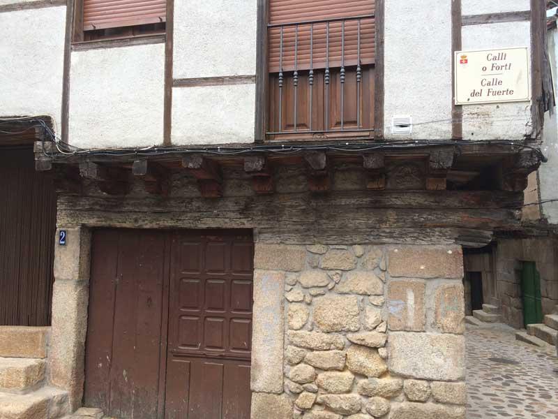 Qué ver en San Martín de Trevejo - Casa típica