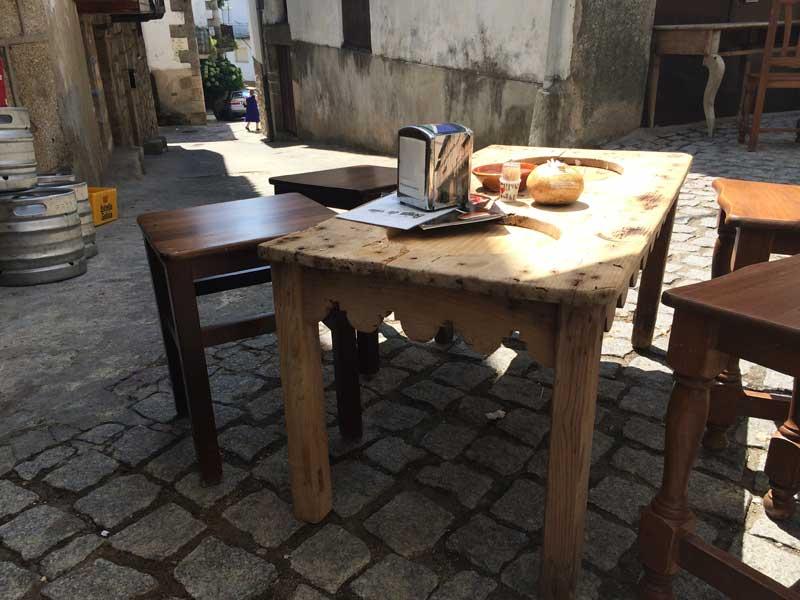 Qué ver en San Martín de Trevejo - Mesa de la Boiga du vin