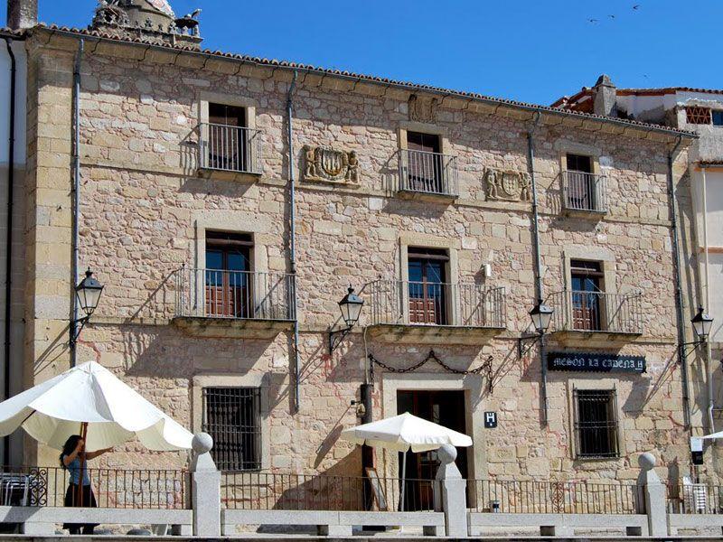 Qué ver en Trujillo - Casa de Las Cadenas