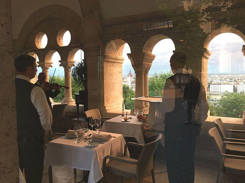 Qué ver y hacer en Budapest en 2 días - Restaurante