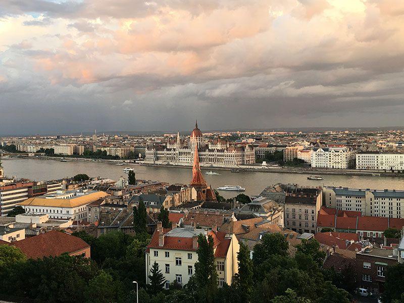 Qué ver y hacer en Budapest en 2 días - Vistas del Parlamento