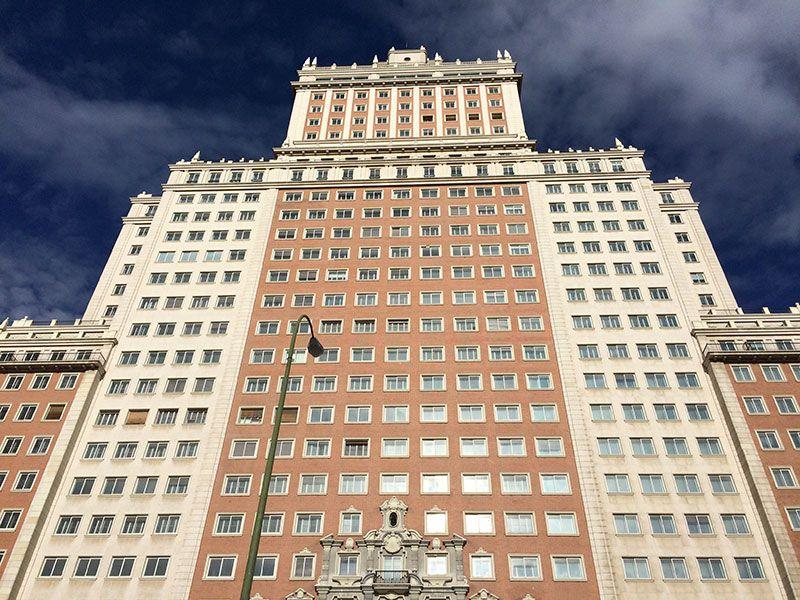 Qué ver y hacer en Madrid en un día - Fachada del Edificio España