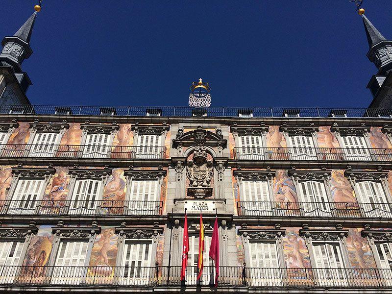 Qué ver y hacer en Madrid en un día - Fachada de la Plaza Mayor