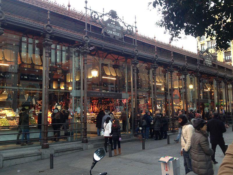 Qué ver y hacer en Madrid en un día - Mercado de San Miguel