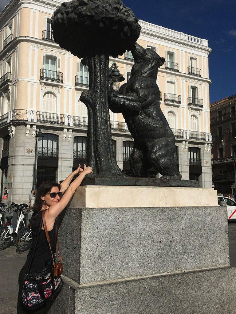 Qué ver y hacer en Madrid en un día - Oso y madroño