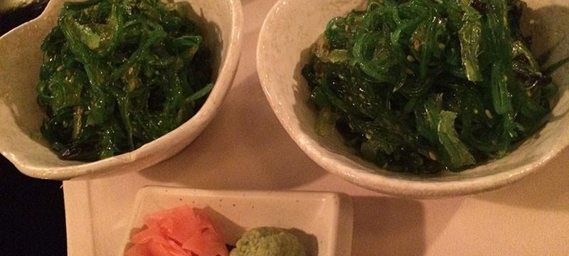 Ensaladas wakame con toque picante