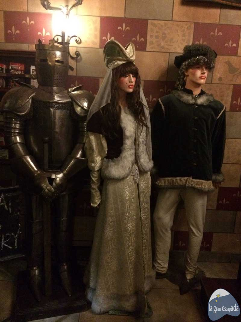 Restaurante medieval Sir Lancelot Budapest - Armadura