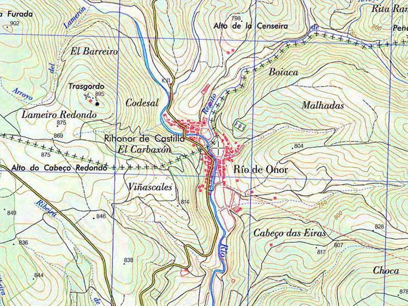 Rihonor de Castilla y Río de Onor, separados por la frontera hispanolusa imaginaria