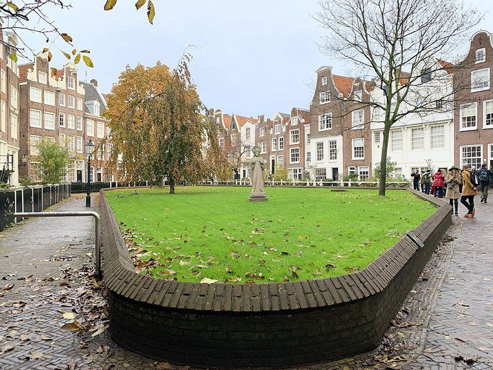 Rincones secretos de Amsterdam - Patio interior de Bejinhof