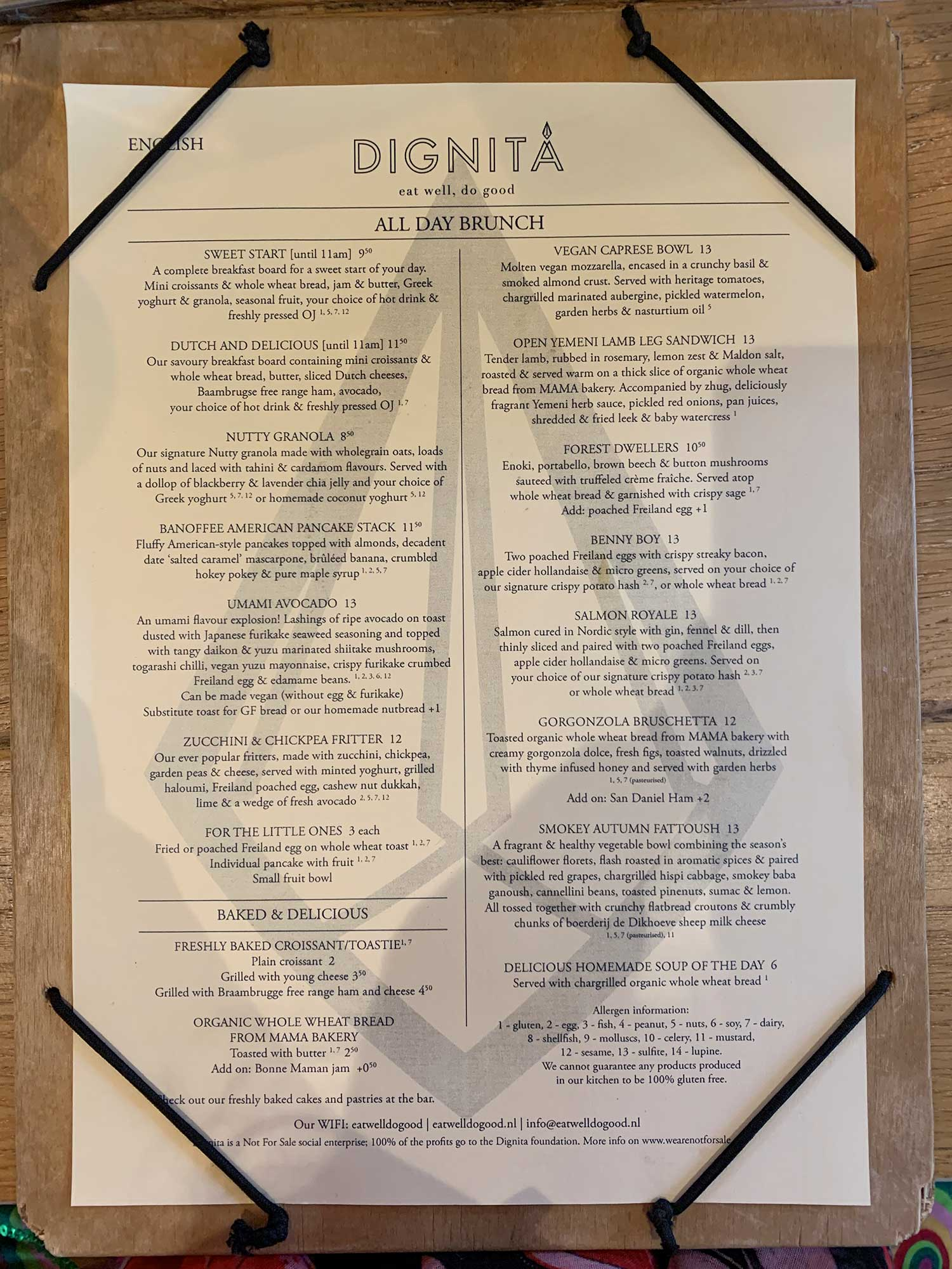 Brunch menu del café Dignita Hoftuin