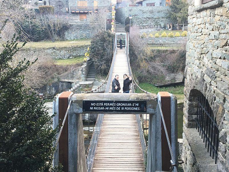 Rupit i Pruit - Pueblos con encanto de Barcelona - Puente colgante