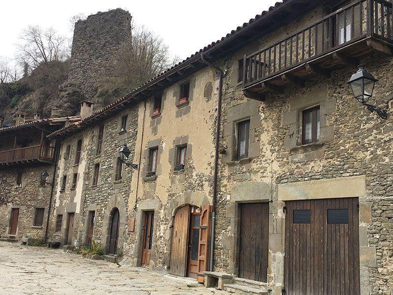 Rupit i Pruit - Pueblos con encanto de Barcelona - Restos del castillo