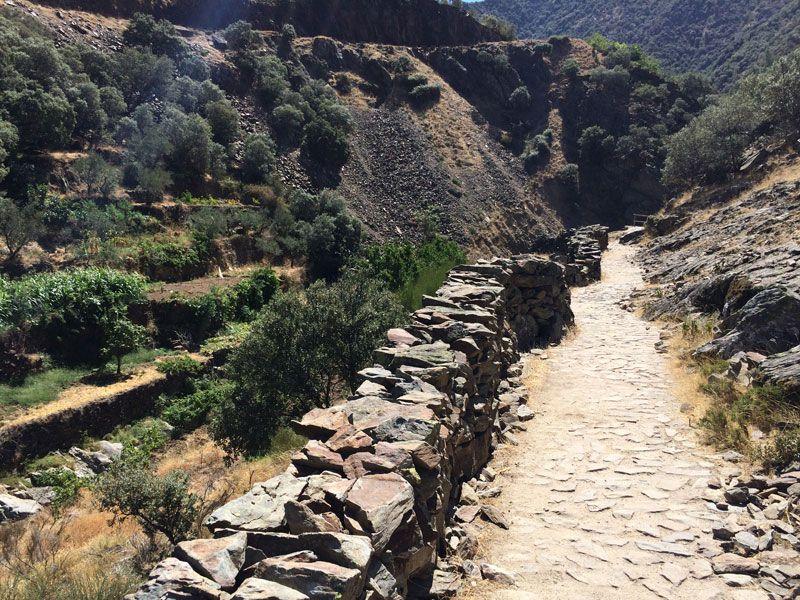 Ruta al Chorro de la Meancera - Primer tramo de la ruta
