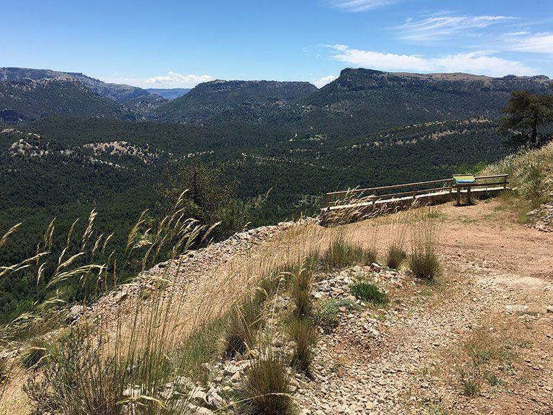 Ruta de senderismo Las Acebeas - Navalperal - Uno de los miradores de la ruta