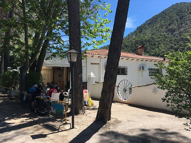 Ruta de senderismo Las Acebeas - Navalperal - Camping Río de los Molinos