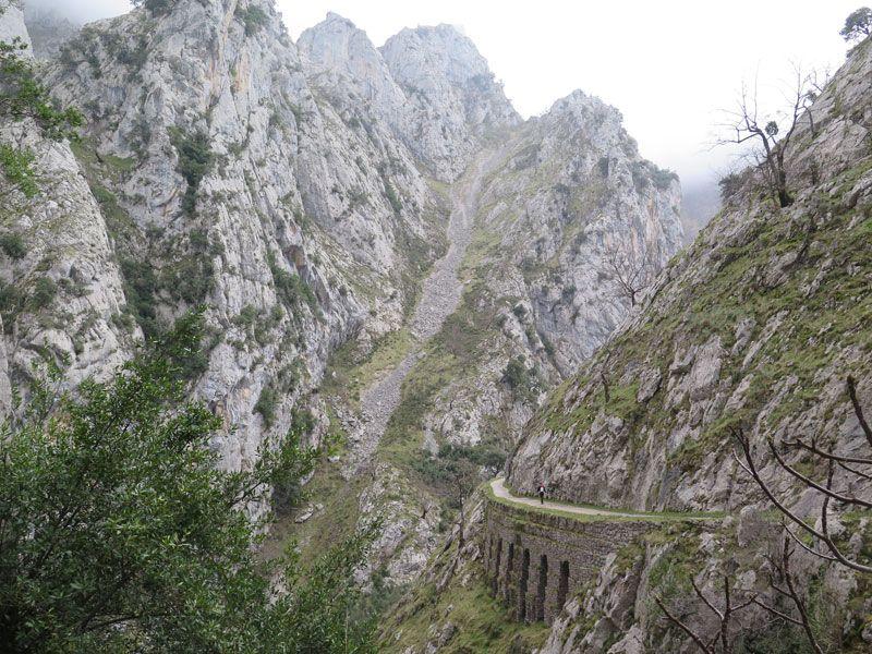 Montañas infinitas de la Ruta del Cares