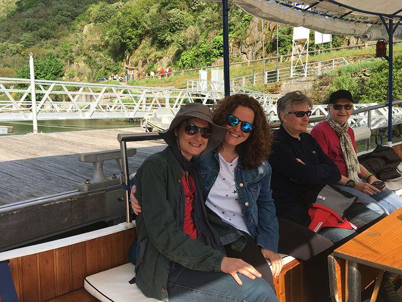 Ruta en barco por el Sil - Montadas en el barquito